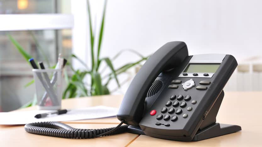 6 Must-Have Features of A Business VoIP Phone